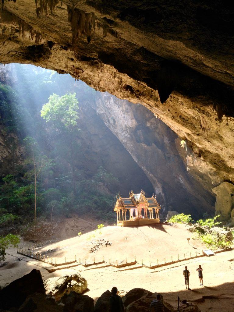 La grotte de Phraya Nakhon
