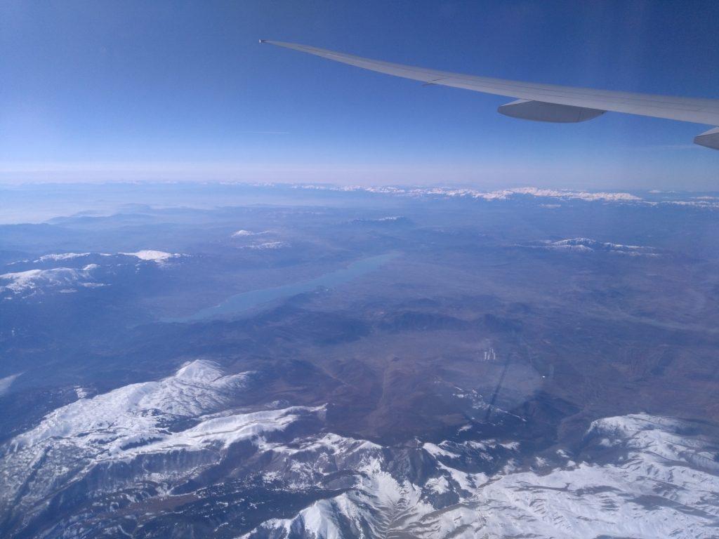 Montagnes grecques enneigées